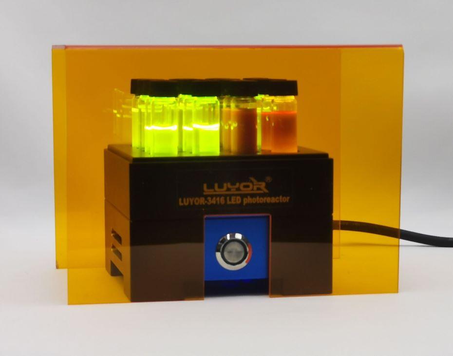 LUYOR-3416 LED平行光化学反应仪